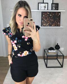 "309 curtidas, 4 comentários - Sibelle Modas ( <a href=""/tag/sibellemodas"">#sibellemodas</a>) no Instagram: ""Blusa Luciana R$132,90 Shorts Alfaiataria R$144,90 ▶️Compre online WWW.SIBELLEMODAS.COM.BR…"""