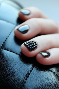 Love these nails. Cool nail art and polish | Nail nail jewels