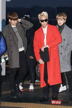 VIXX - Airport Fashion (2017 review) Follow me for more Kstyle !!!