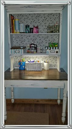 My craft hutch/table!