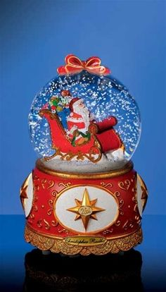 Image detail for -snow globe has a wind up musical movement and a switch operated snow ...