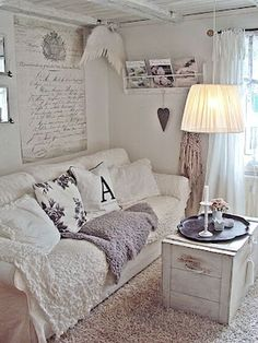 Beautiful White Shabby Chic Living Room Decoration Ideas 20 #shabbychicdecor