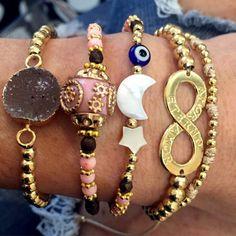 Set By Vila Veloni Infinty Bohemian Bracelets