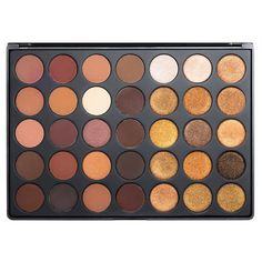 Bring the regal look of gold to everyday life with buttery, rich, pigmented shadows in 35 shades of standout color. The mix of mattes and shimmers that range from dark chocolate to café au lait are cr