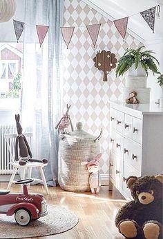 Love that harlequin wallpaper. Girls Bedroom, Bedroom Decor, Casa Kids, Harlequin Wallpaper, Deco Kids, Kids Room Design, Little Girl Rooms, Nursery Inspiration, Kid Spaces