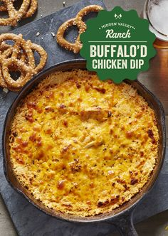 Buffalo Chicken Dip (Baked or Slow Cooker) Yummy Crock Pot Recipes, Dip Recipes, Cooker Recipes, Appetizer Recipes, Low Carb Recipes, Recipies, Christmas Appetizers, Easy Recipes, Vegan Recipes