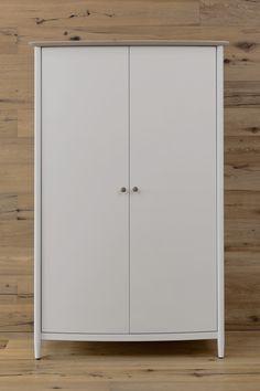 Elise Bedroom range: all hanging wardrobe / Elise Bedroom kolekcija: dvidurė spinta.