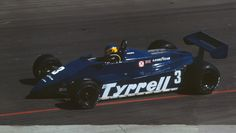 1982 GP USA (Michele Alboreto) Tyrrell 011 - Ford