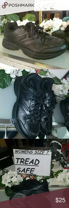 Size 7 wide Avia tredsafe shoes Pre-loved but an excellent excellent like new condition. These of via tredsafe shoes are perfect for anyone who needs shoes for a slippery floor. They give you tread on the greasiest of situations. They are size 7 wide in women's Avia Shoes Sneakers
