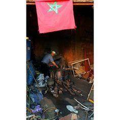 Moroccan artisan.  #travel #carameltrail #morocco #artist #artist #tradition #traditional