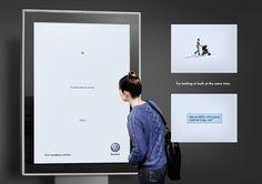 両方同時に見てごらん。「視野の広さ」を前提に作られた広告  |  AdGang