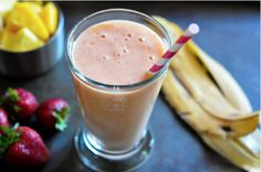 Strawberry Mango Banana Smoothie