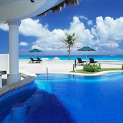 Private Pool at JW Marriott Cancun Resort & Spa