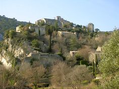 Oppède le vieux village de charme du Luberon. I visited this wonderful place .  I was told the local population hid here from the Germans in WWII. It now houses an enclave of artists.   Art is hung on rough stone walls.