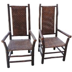 Pair of Signed Old Hickory Tall Back Arm Chairs Old Hickory Furniture, Rustic Furniture, Antique Furniture, Cool Furniture, Modern Furniture, Log Chairs, Outdoor Chairs, Rustic Style, Rustic Decor
