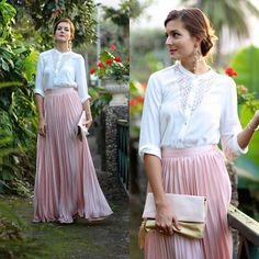 Get this look: http://lb.nu/look/7918414  More looks by Marianela Yanes: http://lb.nu/marilynscloset  #classic #elegant #romantic http://marilynsclosetblog.blogspot.com.es/2015/11/pleated-maxi-skirt.html