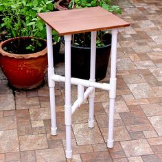 Pvc Pipe Furniture, Diy Furniture Table, Diy Furniture Projects, Pvc Pipe Crafts, Pvc Pipe Projects, Diy Pipe, Diy Crafts For Home Decor, Diy Crafts Hacks, Diy Pvc Pipe Backdrop
