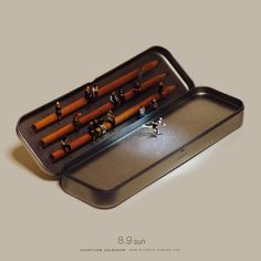 Miniature dioramas created from ordinary objects such as paper clips, food items, tape dispensers, electronics. Creative Pictures, Creative Art, Little People Big World, Miniature Calendar, Miniature Photography, Tiny World, People Art, Japanese Artists, Miniture Things