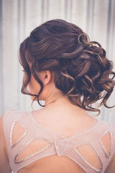 http://www.ihmlrc.com Classic bridesmaid wedding hair updo with curls | Sarah's Photography | See more: http://theweddingplaybook.com/ultimate-guide-bridesmaid-hair-makeup/