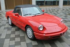 1991 Alfa Romeo, Spider  9995.00 GBP  VERY RARE ALFA SPIDER AUTOMATIC, AIR CONDITIONING,POWER STEERING,LEATHER INTERIOR,ALLOYS,TOP SOUNDS.A JOY TO DRIVE.UK REGISTERED CAR WITH TAX AND ONE YEARS MOT.ONE THE BEST RUST FREE EXAMPLES WE HAVE SEEN WITH ORIGINAL PANELS NEVER WORKED ON.PERFECT PANEL FIT.NEEDS TO BE SEEN.  http://www.collectioncar.com/detailed.php?ad=51539&category_id=1