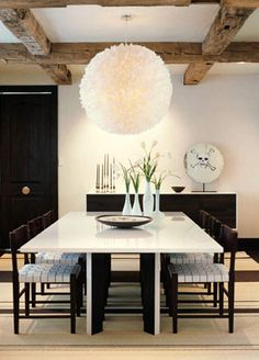 Emily Summers Modern dining space! Glossy white lacquer dining room table, Knoll Risom ...