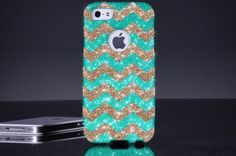 Blue and sparkly gold chevron print for I phone 4,4s,and 5