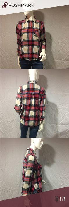 Plaid flannel shirt Plaid flannel shirt with red, cream, black and a little blue. Has one front pocket. Very soft and warm. Worn but still in great condition. Feel free to make me a reasonable offer 💕 American Eagle Outfitters Tops Button Down Shirts