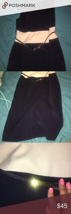 Jones New York brand new dress- navy and white Never worn. Great for work! Comes with black belt. Jones New York Dresses Midi