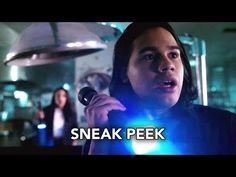 "The Flash 2x21 Sneak Peek ""The Runaway Dinosaur"" (HD) - YouTube"