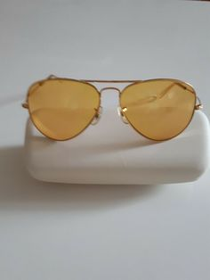 2f50dd41e3 Vintage B   L Mens Womens Yellow Ray Ban Aviator Sunglasses Made in the USA