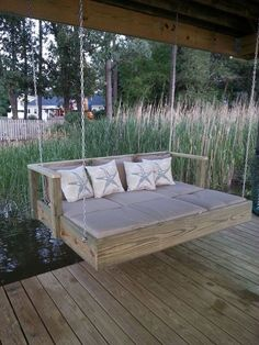 Built a Frame To Hold a Full Size Mattress, Add Chaise Lounge Cushions and Hung 30 Pallet Bed Swing At Backyard Ideas 33 – Kawaii Interior Outdoor Spaces, Outdoor Living, Outdoor Decor, Outdoor Ideas, Outdoor Pergola, Outdoor Bedroom, Lakeside Living, Modern Pergola, Cheap Pergola