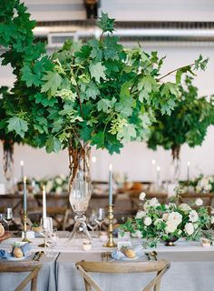 It came as no surprise when Pantone announced greenery as the new IT color of 2017 because it's a trend that's gaining serious momentum in thewedding world. Case in point - couples like Dylan and Dani who are gravitating towards designs filled with