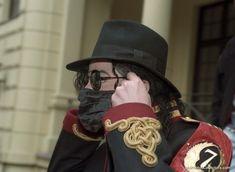 Michael Jackson - Divinity with Mask ღ Michael Jackson Born, Michael Jackson Quotes, Jackson 5, King Of My Heart, King Of Hearts, Jonny Deep, Apple Head, The Jacksons, Life Is Hard