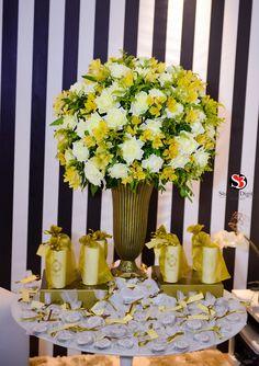 15 Anos 15 anos Dourado e Branco no Balada Hall -