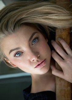 Natalie Dormer fotografiada por Tony Duran por la avenida Michigan Magazine (2015)