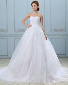 Appliques Strapless Zippered Satin Organza Ball Gown Wedding Dress