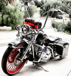"""Acquire fantastic recommendations on """"mid size suv"""". They are actually available for you on our web site. Harley Bagger, Harley Davidson Trike, Bagger Motorcycle, Classic Harley Davidson, Harley Softail, Harley Bikes, Harley Davidson Street, Girl Motorcycle, Motorcycle Quotes"""