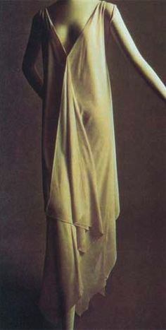 vionnet...simle shapes...she is genius !