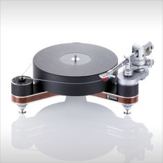 Clearaudio Innovation Wood Compact w/ Magnify Tonearm High End Hifi, High End Audio, High End Turntables, Play That Funky Music, Hifi Audio, Hifi Stereo, Record Players, Key Design, Audio Equipment