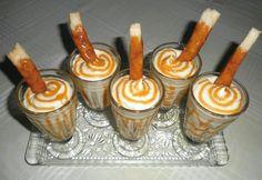 Francia krémes kehely recept képpel. Hozzávalók és az elkészítés részletes leírása. A francia krémes kehely elkészítési ideje: 65 perc Hungarian Cake, Hungarian Recipes, Trifle, Caramel Apples, Food And Drink, Cupcakes, Pudding, Sweets, Cookies