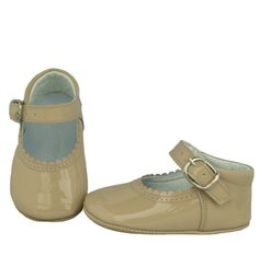 Beige patent leather shoes - shoes - babymaC - Stylish Spanish baby clothes - 1