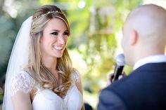 https://litafestas5.wixsite.com/litafestas/single-post/2017/05/05/Como-escolher-o-profissional-certo-para-fotografar-seu-casamento