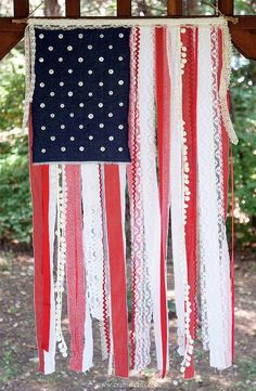 How amazing is this ribbon flag? Such an easy DIY!