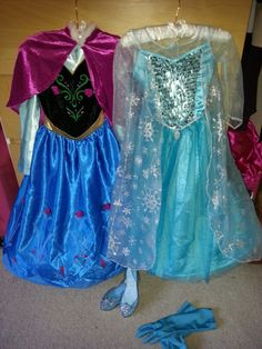 Disneys frozen anna and elsa costumes ♡