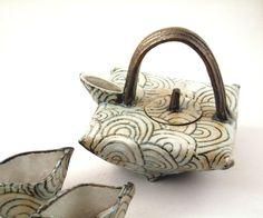 Elizabeth Wamsley | Folded teapot.