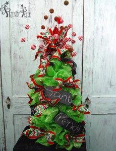 Green Tomato Cage Tree - Trendy Tree
