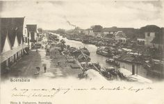 Photos depicting the 1906 San Francisco earthquake. Many are from the collection of Bob. Montmartre Paris, San Francisco Earthquake, East India Company, Dutch East Indies, Old Photography, Surabaya, Belle Epoque, Southeast Asia, Paris Skyline