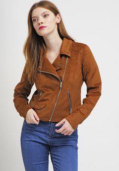 Vestes en cuir Even&Odd Veste en similicuir - brown cognac: 39,95 € chez Zalando (au 29/04/16). Livraison et retours gratuits et service client gratuit au 0800 490 80.