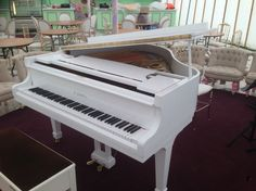 Reconditioned White Baby Grand pianos from Chiltern Pianos, www.chilternpianos.co.uk