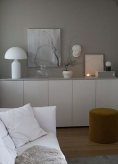 Cozy Living Rooms, Living Room Interior, Living Room Decor, Cozy Reading Corners, Inside A House, Decoration, Ikea, Minimalist, Sideboard